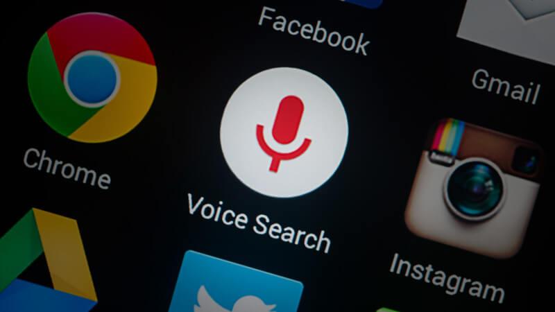 「语音搜索」保持简短和重点来优化语音搜索